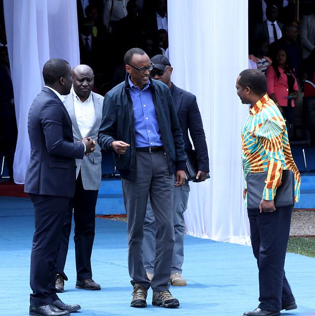 Umuyobozi wa Nyamagabe, Perezida Kagame na minisitiri w