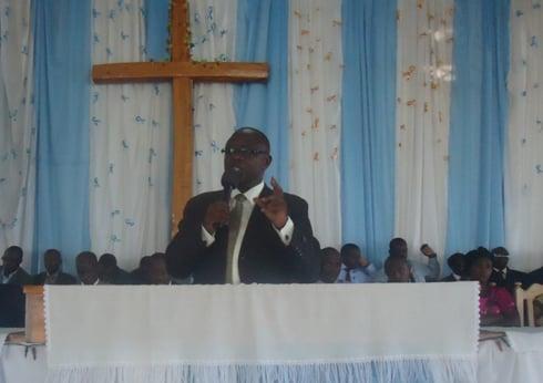Umuvugizi wa ADPER mu Rwanda, Pasitori Sibomana Jean, arasaba abayoboke biryo torero kwiyubakira igihugu.