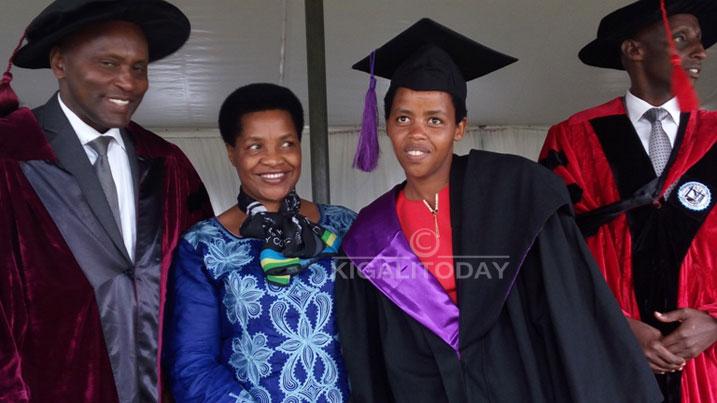 Yatunguwe no guhembwa buruse yo kujya kwiga mu Budage #Rwanda via @kigalitoday