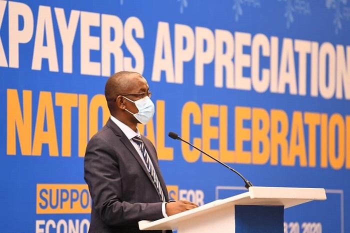 Komiseri Mukuru wa Rwanda Revenue Authority asobanura imisoro yatanzwe mu mwaka ushize wa 2019/2020 ndetse n