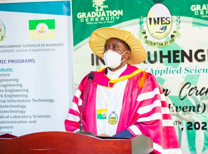 Umuyobozi Mukuru wa INES Ruhengeri, Padiri Dr Hagenimana Fabien avuga ko COVID-19 itadindije ireme ry