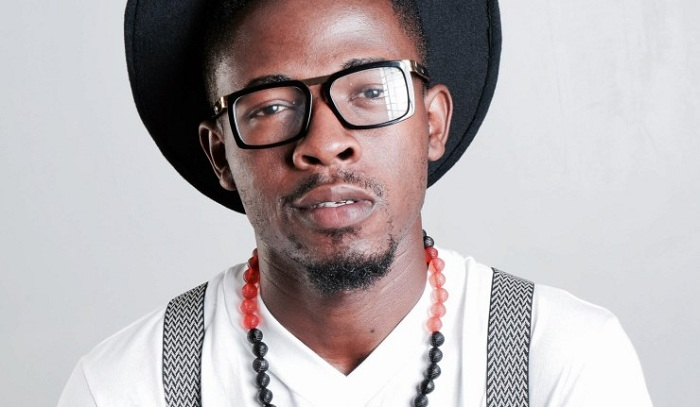 Johnny Drille aritegura gutaramira Abanyarwanda