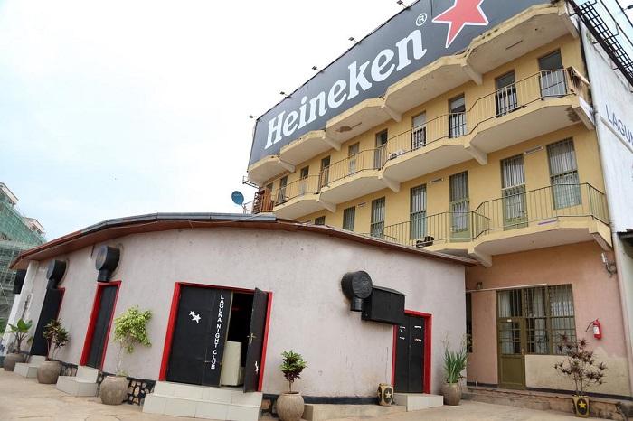 Laguna Motel iherereye ku Muhima mu mujyi wa Kigali