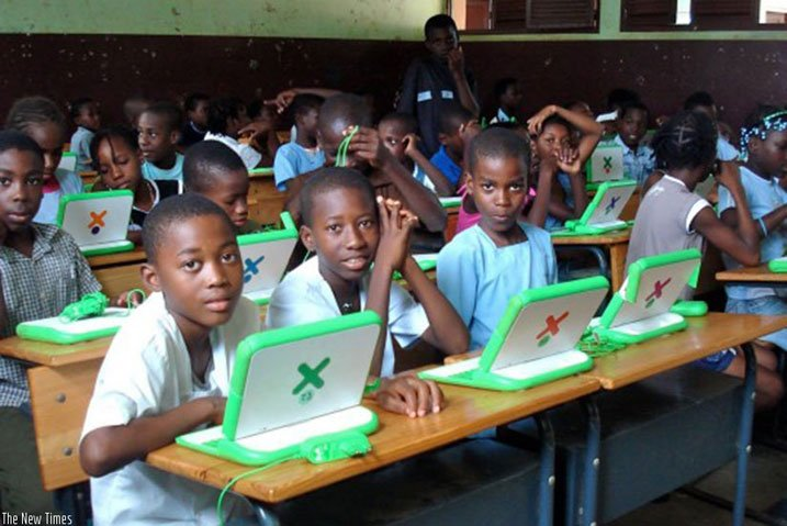 Microsoft isanga ikoranabuhanga ryarihutishije uburezi bw'u Rwanda #Rwanda via @kigalitoday