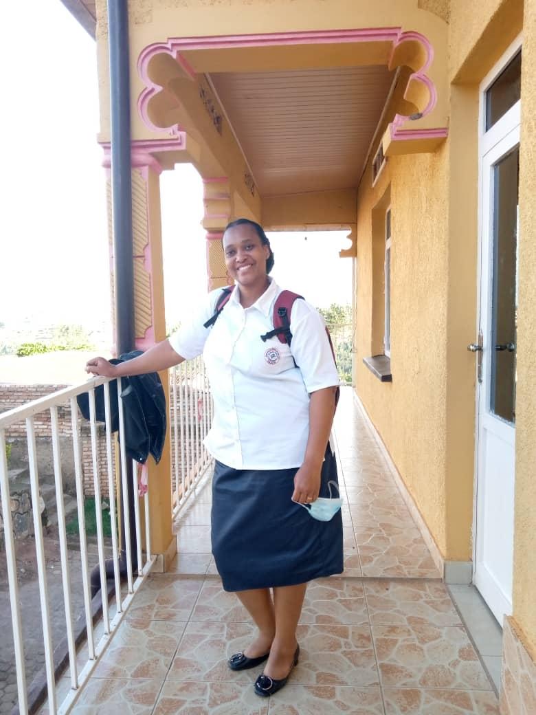 Mutembayire Aline w