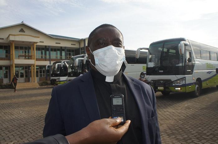 Padiri Dr. Hagenimana Fabien Umuyobozi wa INES-Ruhengeri