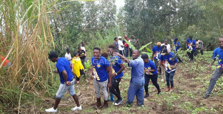 Abaririmbyi bari muri PGGSS batangiye kwiyegereza abafana #Rwanda via @kigalitoday