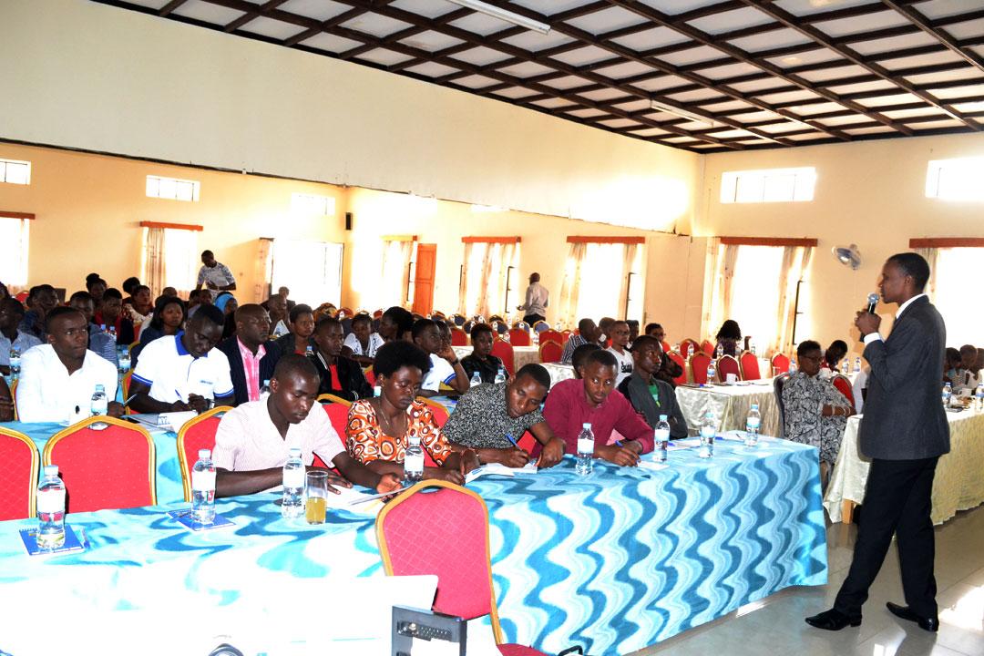 Muhanga Abakozi ba Hotel n\u0027utubari bafatwa nabi bikica