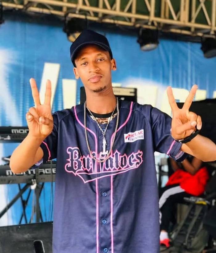 Siti True Karigombe ukora injyana ya Hip Hop