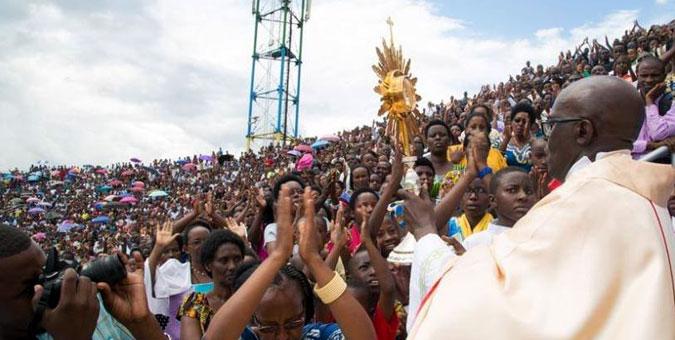 "Ntabwo ndi Umunyapolitiki, ntabwo ndi we "" - Padiri Ubald - Kigali Today"
