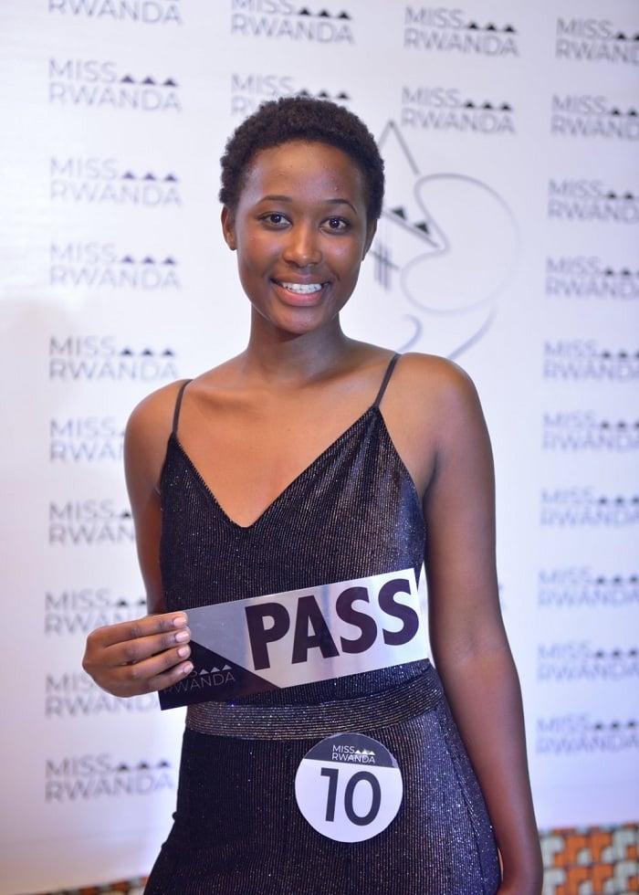 Umutoniwase Nadia (No 10)