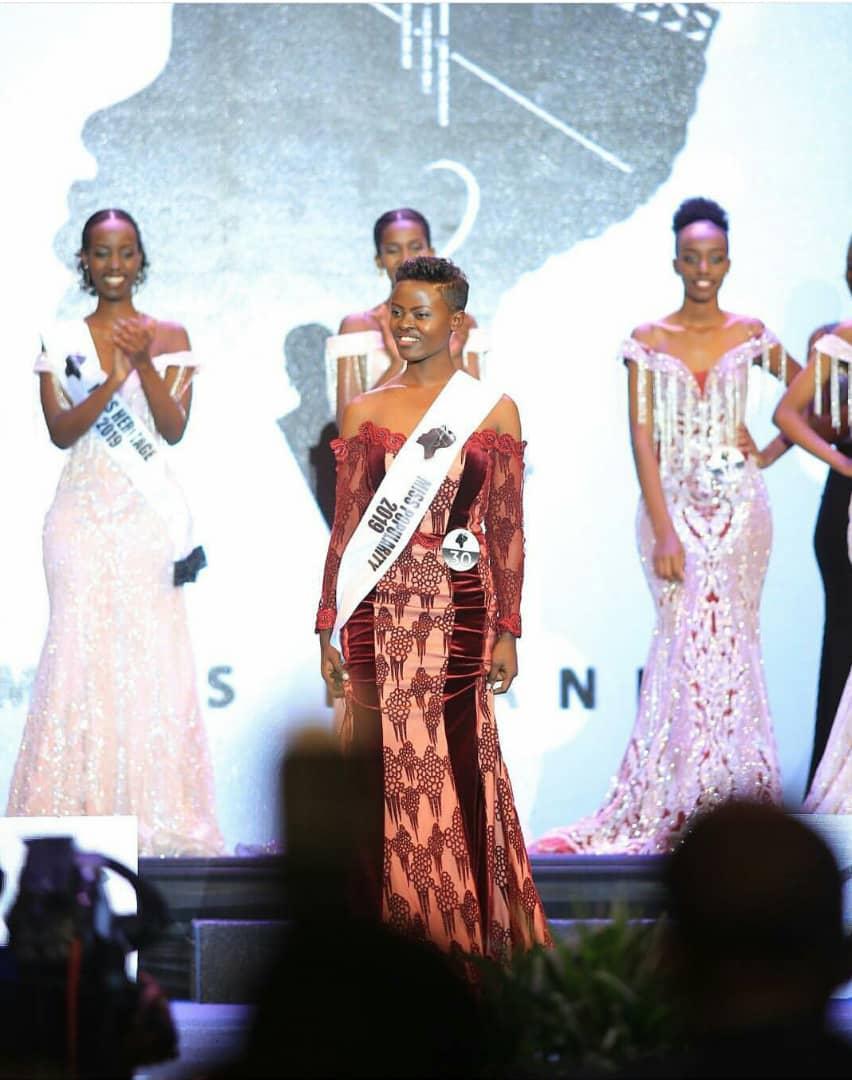 Josiane Mwiseneza wavuzwe cyane yegukanye ikamba rya Miss Popularity